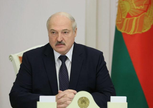 Сколько Лукашенко готов передать своих полномочий Народному Собранию